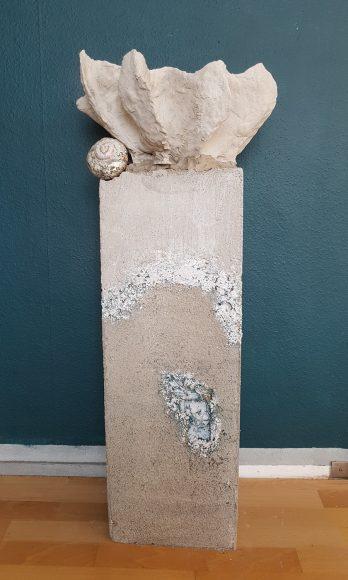 Sockel-Säule-aus-Beton-für-Ausstellung-Museum-handgefertigt-by-Ferdinand-Interior-Wien-3