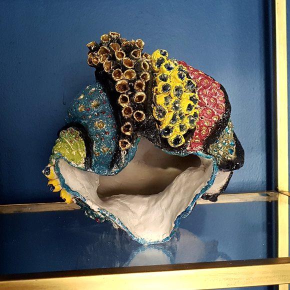 Vase-aus-Ton-Muschel3_by-Ferdinand-Interior