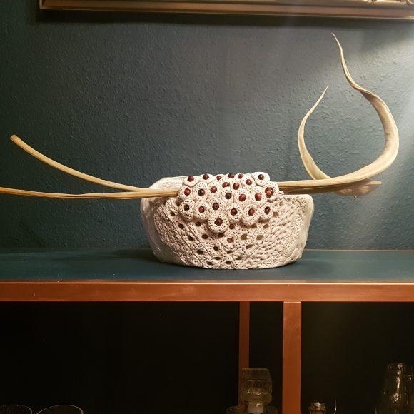 Vase-aus-Ton-Steirischer-Stier-by-Ferdinand-Interior