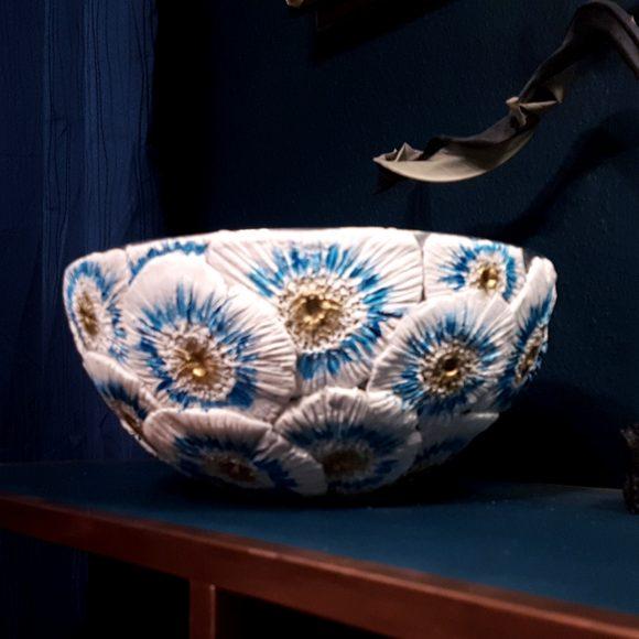 Vase-aus-Ton-floral2_by-Ferdinand-Interior1080x1080