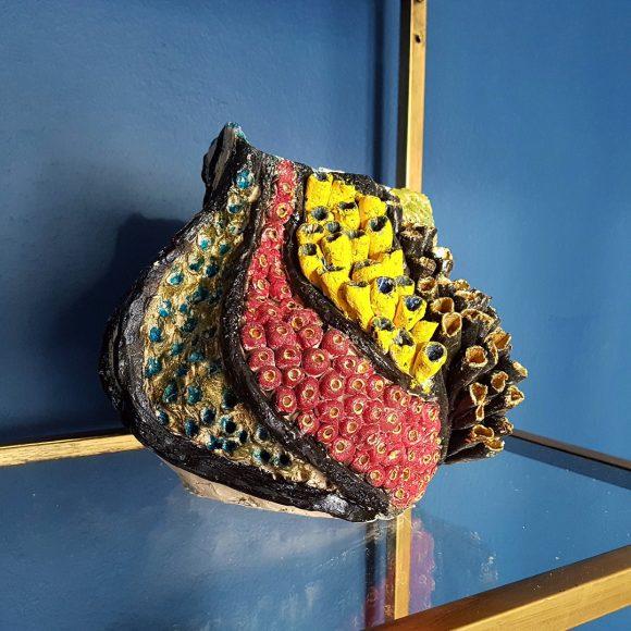 Vase aus Ton handgerfertigt Muschel2 by Ferdinand Interior Wien1080x1080