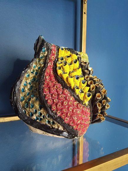 Vase handgefertigt Muschelform aus Ton - by Ferdinand Interior