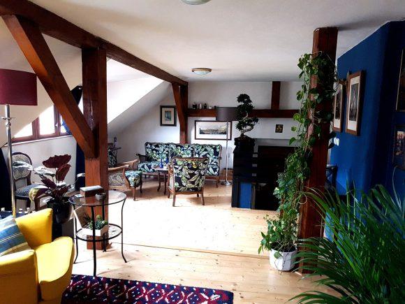 Wohnidee-Dachgeschoss-Italien-Style-by-Ferdinand-Interior-Wien