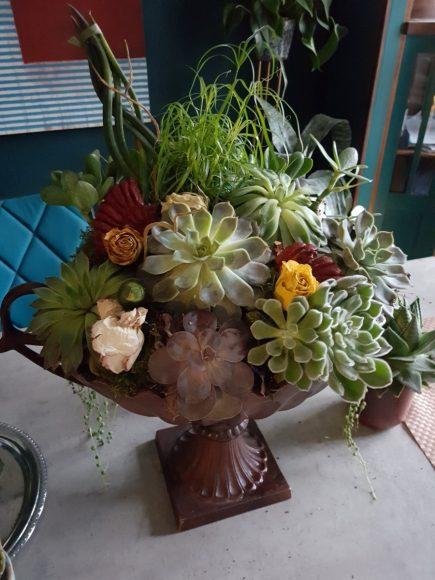 dekoidee-amphore-floral-selbst-gemacht-by-raumgestalter-ferdinand-interior