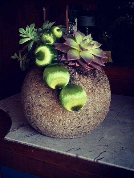 dekoidee-kugel-floral-selbst-gemacht-by-raumgestalter-ferdinand-interior